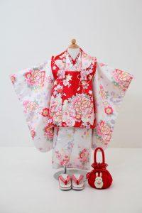 3歳女の子被布セットB 14,000円(税込15,400円)